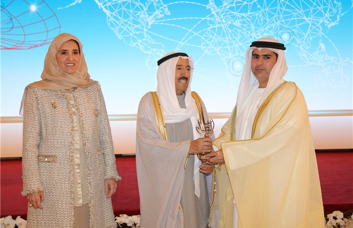 Emir of Kuwait Honors Ministry of Human Resources and Emiratisation